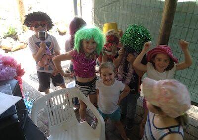 Kids in back area 400