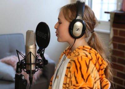 Recording party birthday girl singing 600